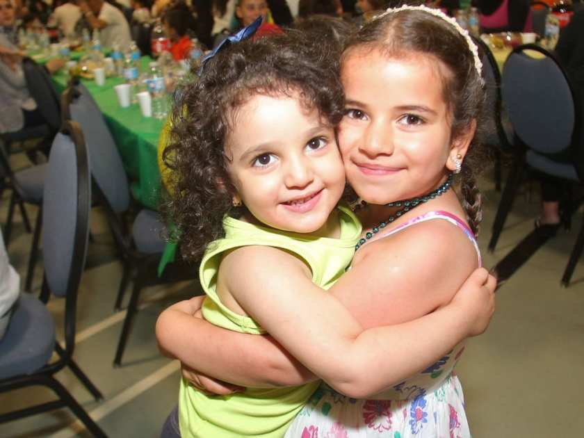 Syrian refugees celebrate first Ramadan in Canada