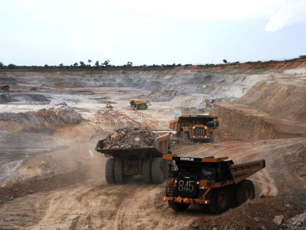 Miners keen to buy local in bid to dampen hostility to new projects