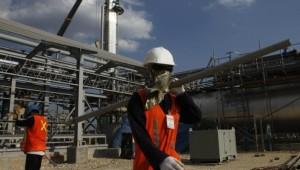 Fate of U.S. agency rule on extractives hangs in the balance as two SEC regulators tilt toward industry