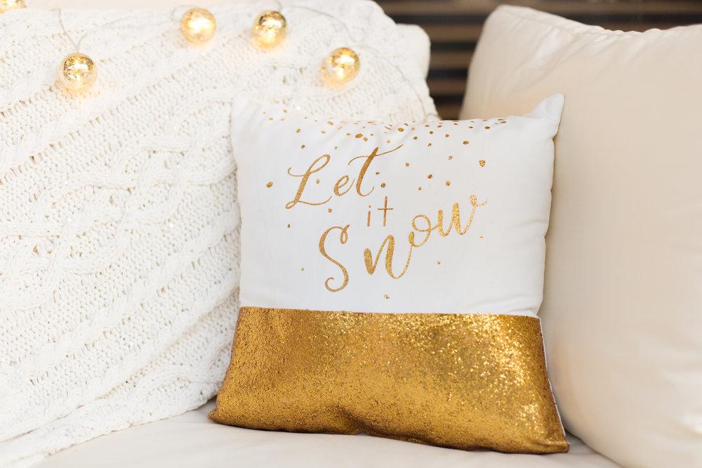 Kristen Pillows-021.jpg