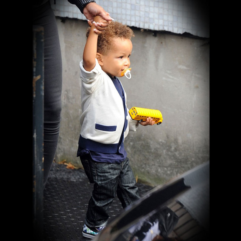 Alicia Keys Alicia Keys' son Egypt looking very smart in a Mini Rodini cardigan