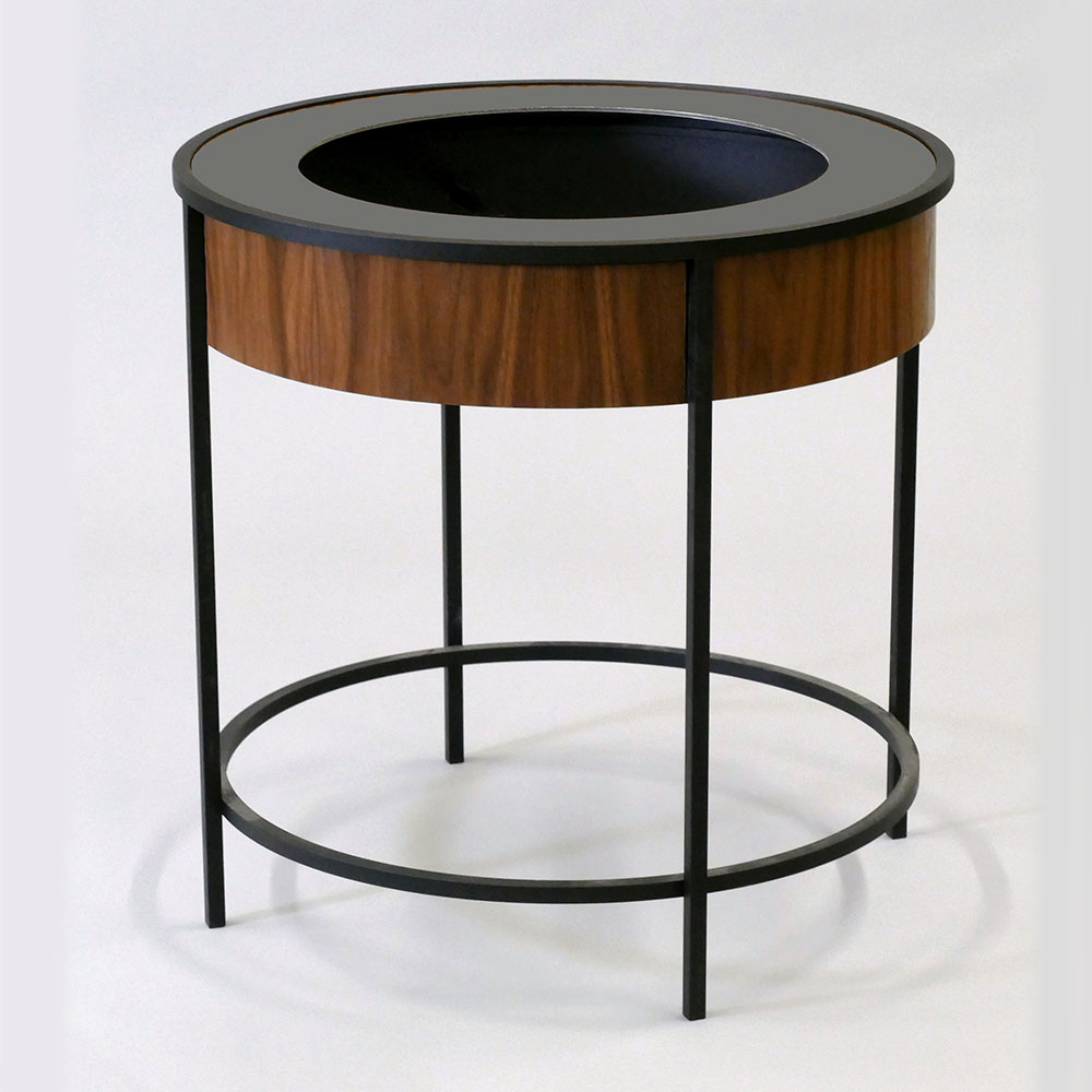 Walnut Veneer / Black Ring