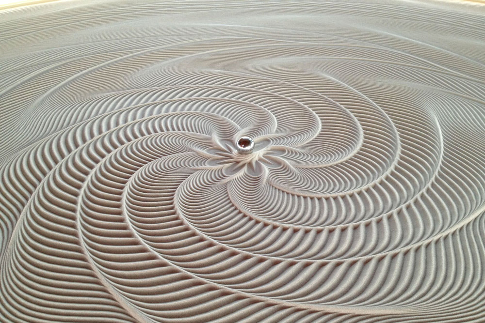 sisyphus-table-photo-zoom-5.jpg