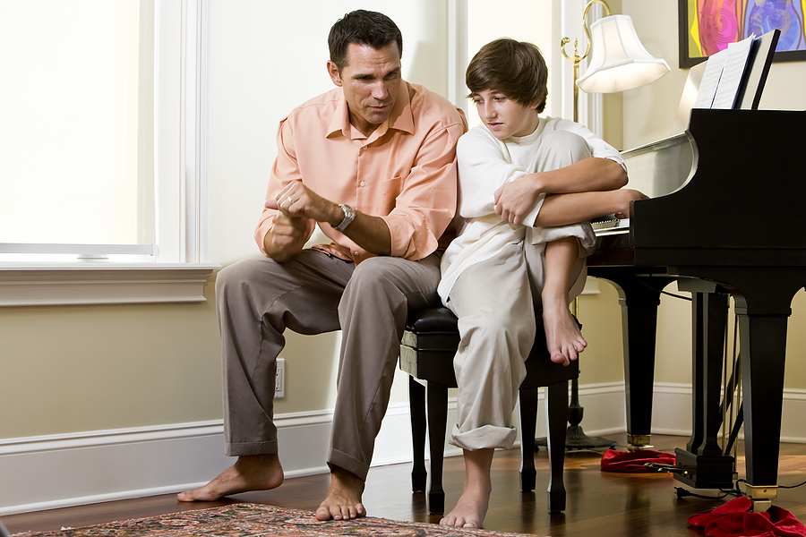 bigstock_serious_father_talking_to_teen_7446541.jpg