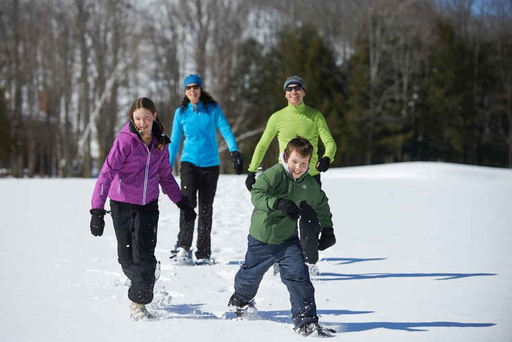 Crystal-Mountain-Family-Snowshoeing-2 1120.jpg