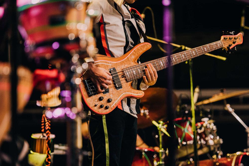 bass+stage_F.jpg