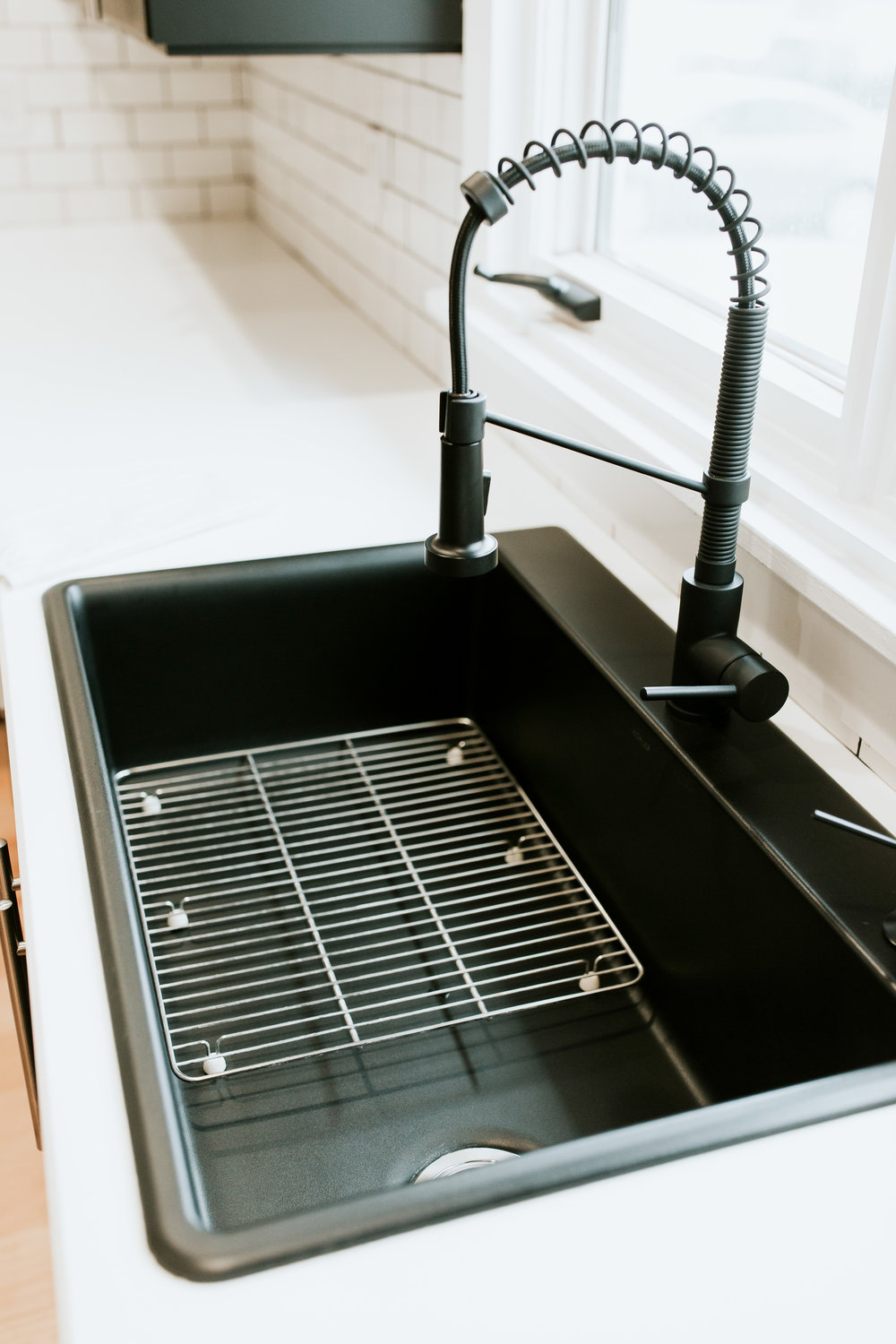 Full modern kitchen tour - Black sinks, black faucet, and white countertops
