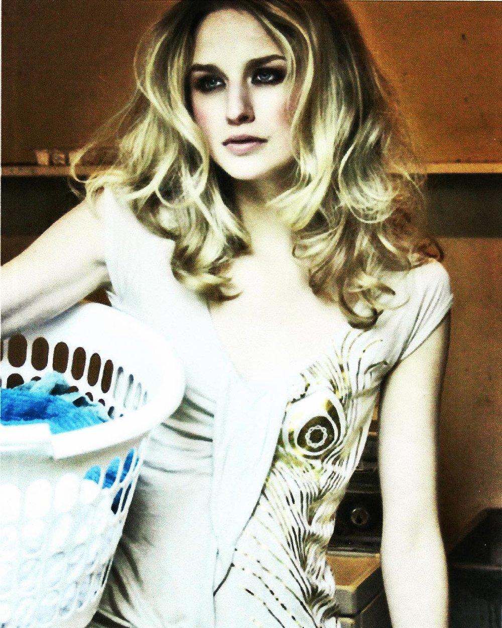 #dirtylaundry ? Not me ;) #tgif #flashbackfriday #australian #photoshoot @chadwickmodels #backintheday #model #actor #twomodelsdo
