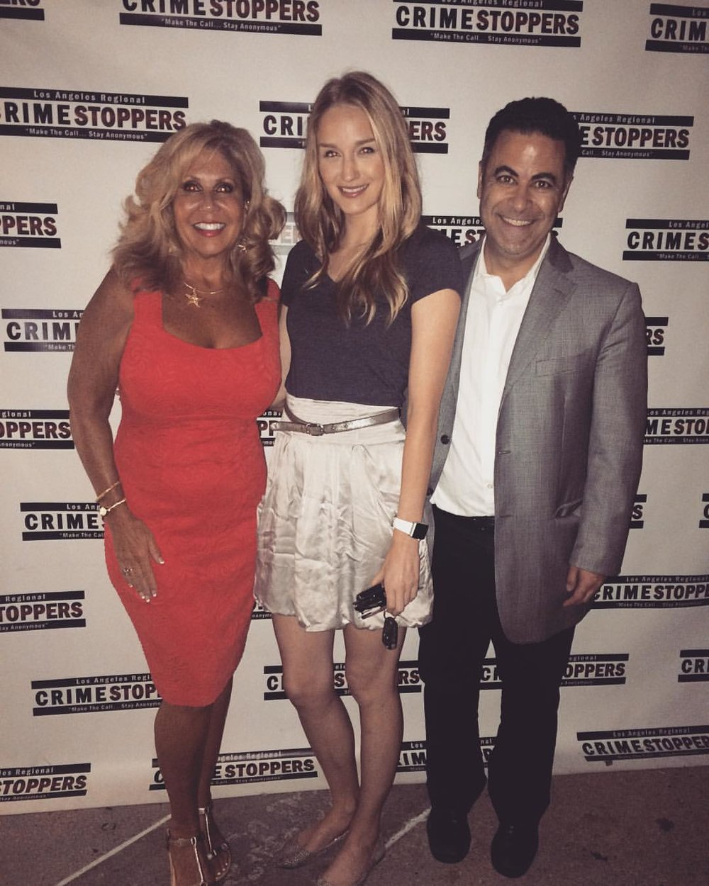 What happens when you go on the  wrong #redcarpet ? You stop #crime & meet great people. #crimestoppers #kcet #globetrekkertv #actress #host #blondehair welcome Michael !
