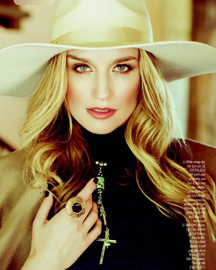 Today I'm a #cowgirl Giddyup! #model #editorial #makeup #magazine @genlux @astonmodels #humpday