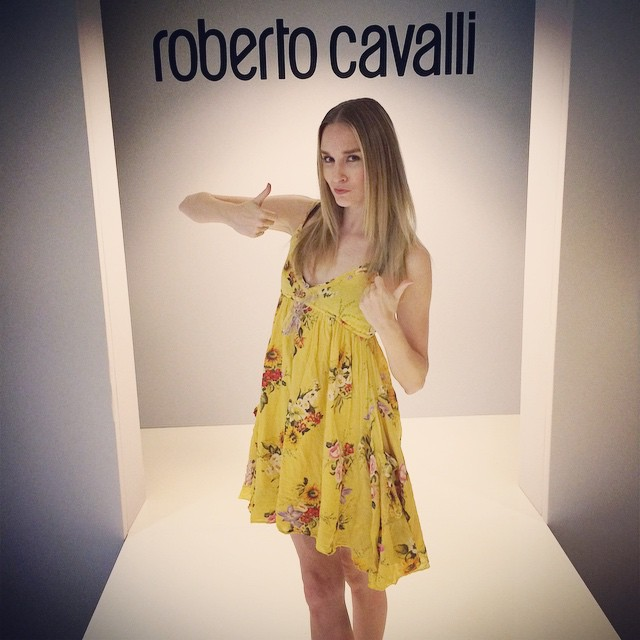 When every piece in the collection gets a thumbs up you know it's #robertocavalli @neimanmarcus & worn by #lamodelsrunway #fashion #runway #model #blonde