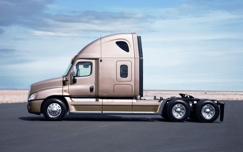 Freightliner_Cascadia_Truck_Head_004002.jpg