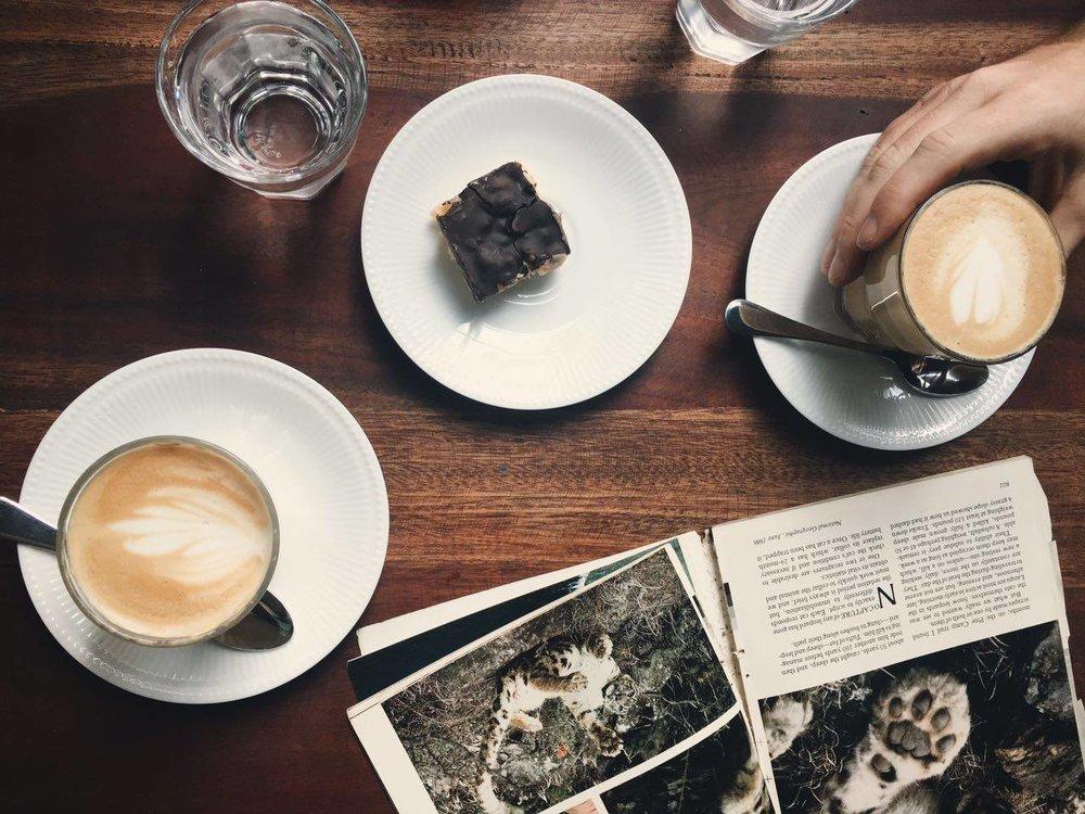 black-cat-coffee-colombo.jpg
