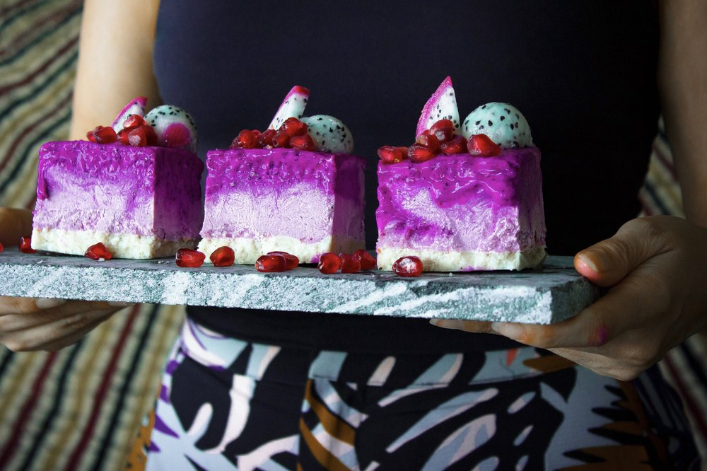 raw-dragonfruit-cake-2.jpg