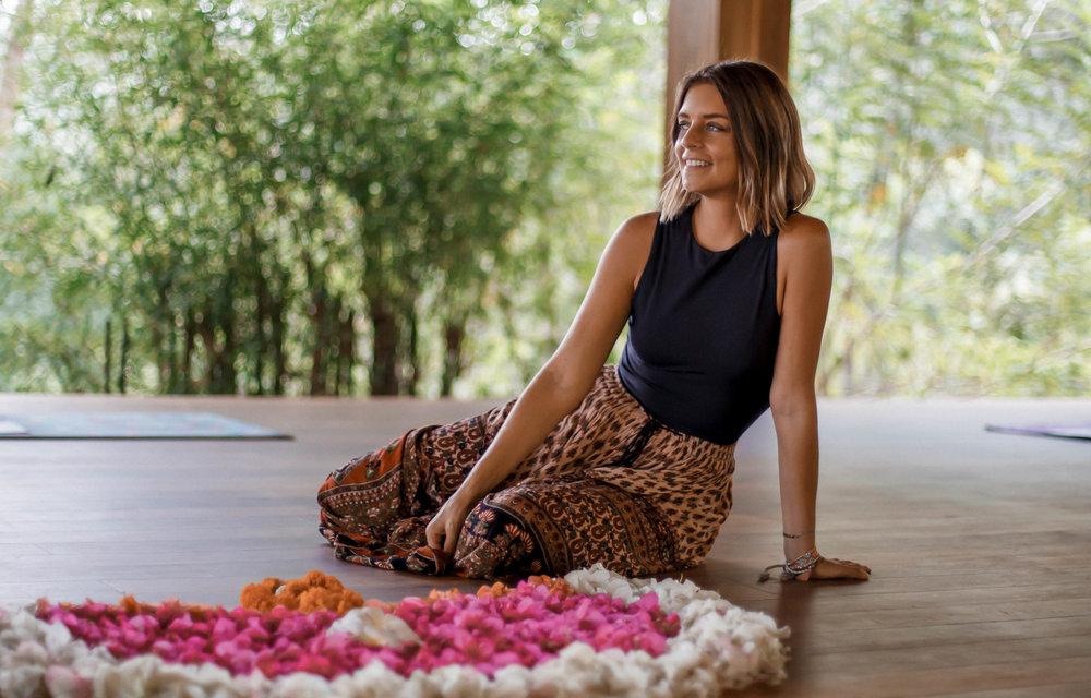 Yoga-teacher-retreat-sri-lanka.jpg