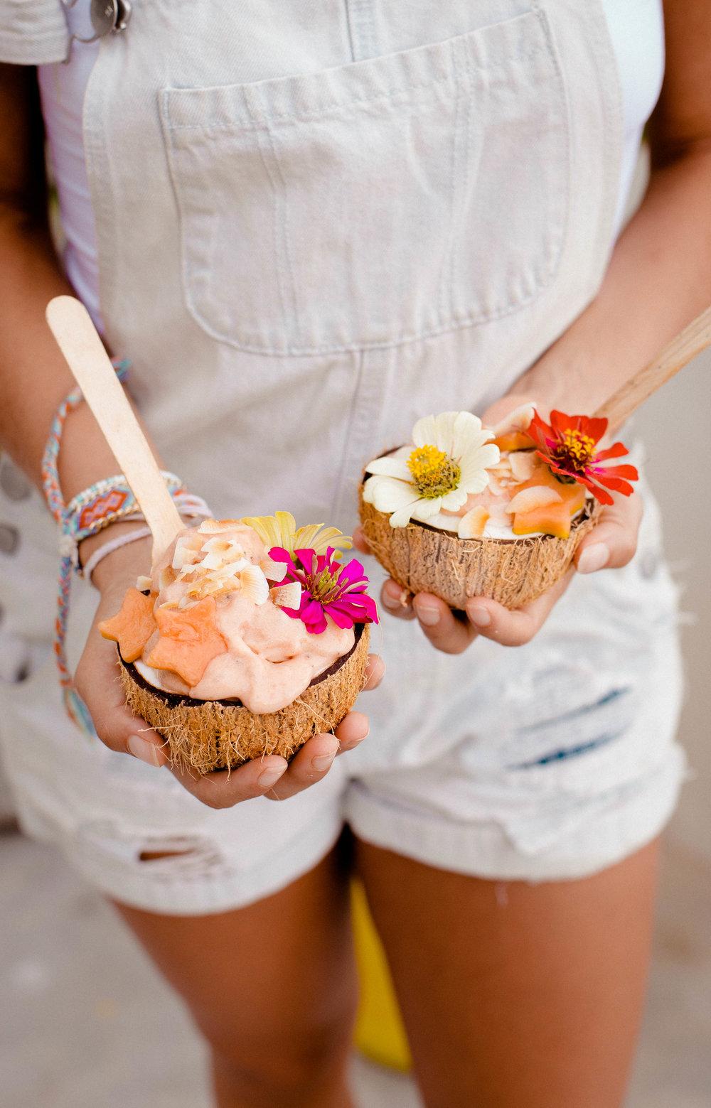 papaya-smoothie-bowls-vegan.jpg