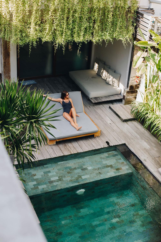 canggu-airbnb-luxe-yogi-blog-pool.jpg