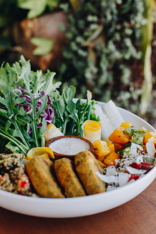 canggu-bali-vegan-salad-yogi.jpg