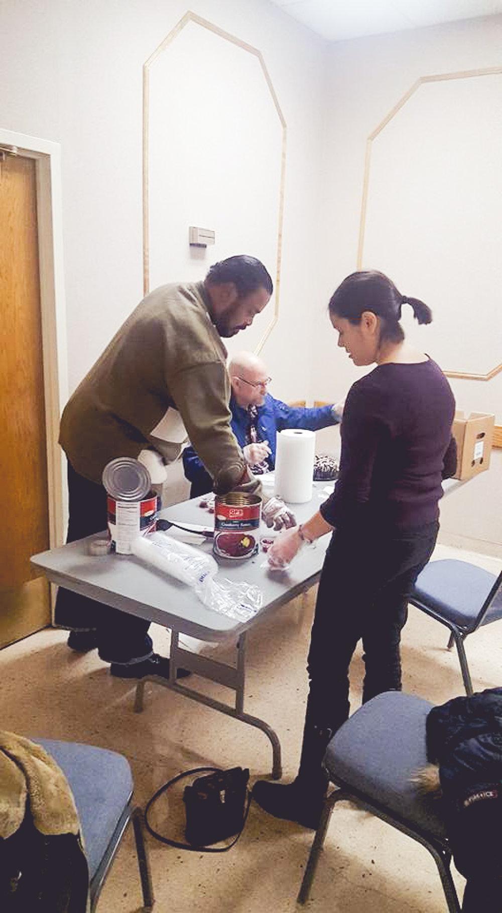 DetroitDownriver APRI Thanksgiving--16.jpg