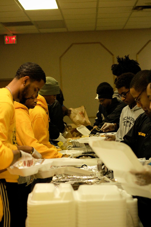 Thanksgiving-Detroit-Downriver-APRI-Michigan-lifestyle-ChettaraTPhotography-7335.jpg