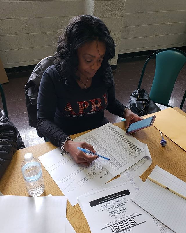 Phone banking action happening all weekend to ensure our community can make it to the polls on Tuesday. Free rides this way!! #detroitdownriverapri #detroitvotes #vote #ridetothepolls
