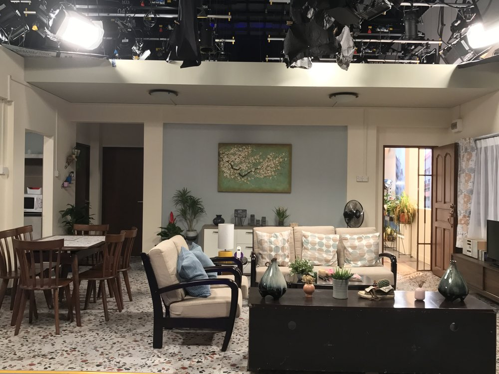 One of the main living room set