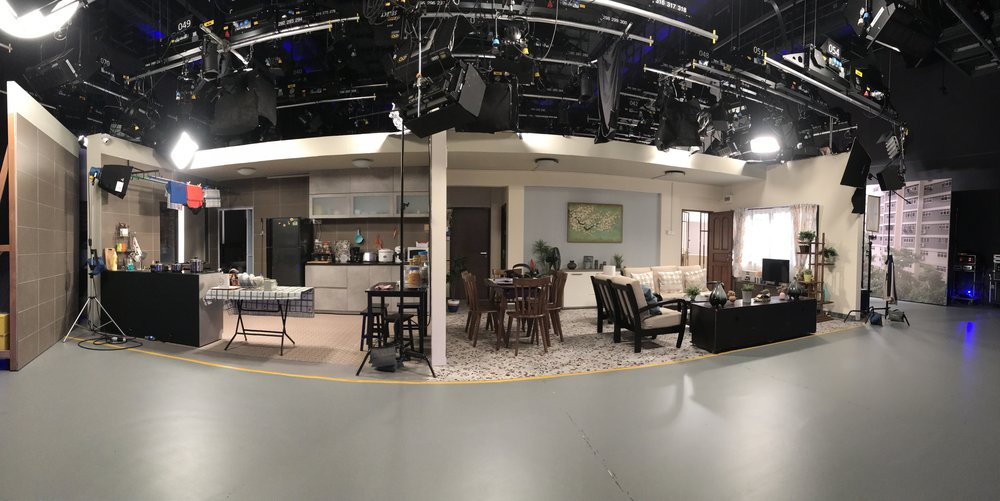 This is how the set looks like in Studio 2