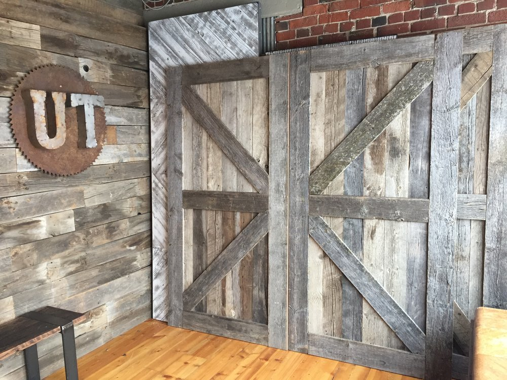 Style C - Arrow Barn Door.JPG