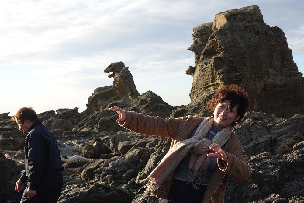男鹿ではゴジラ岩(奥に見える岩)を観こ・・・いや、視察しました