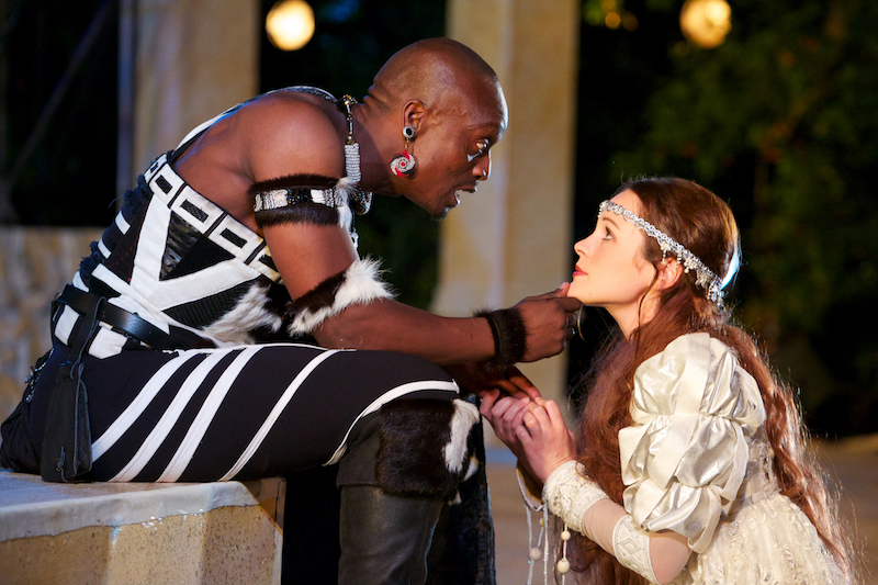 1388 Melisa Haiden (Desdemona) and Muntu Ngubane (Othello).jpg