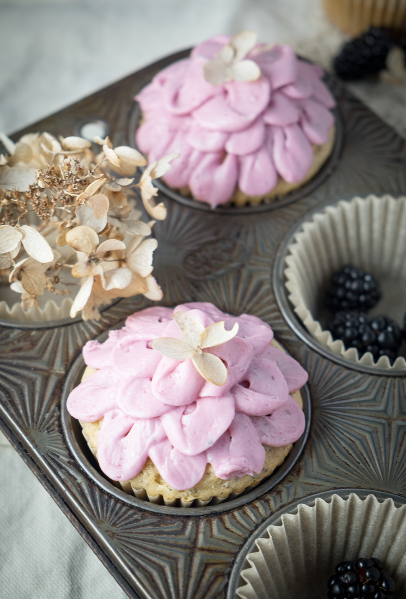 earl-grey-cupcakes-boysenberry-buttercream