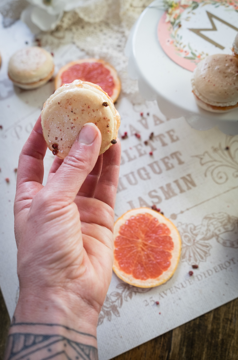 pink-grapefruit-rose-macarons