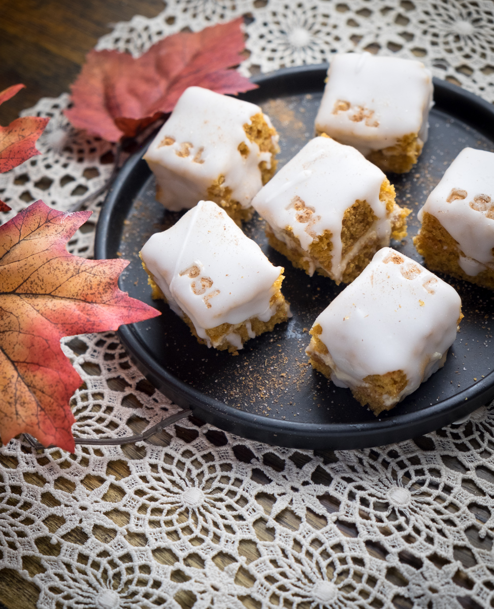 Pumpkin Chai Latte Petit Fours #3 Long SideView.jpg