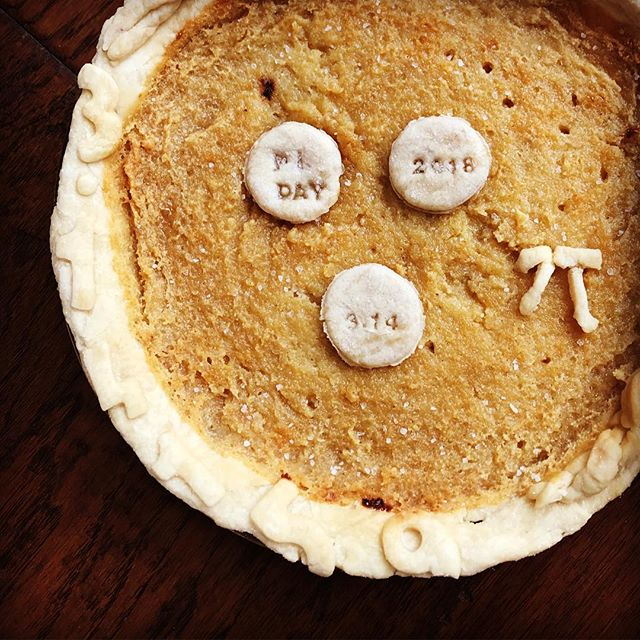 It's Pi Day tomorrow folks. Sadly, someone broke my oven- GASP- and I nearly massacred what was a beautiful salted honey pie.  Here's hoping you're 3/14 goes a bit better than mine. #piday2018 #saltedhoneypie #joythebaker #asweetlittlelife