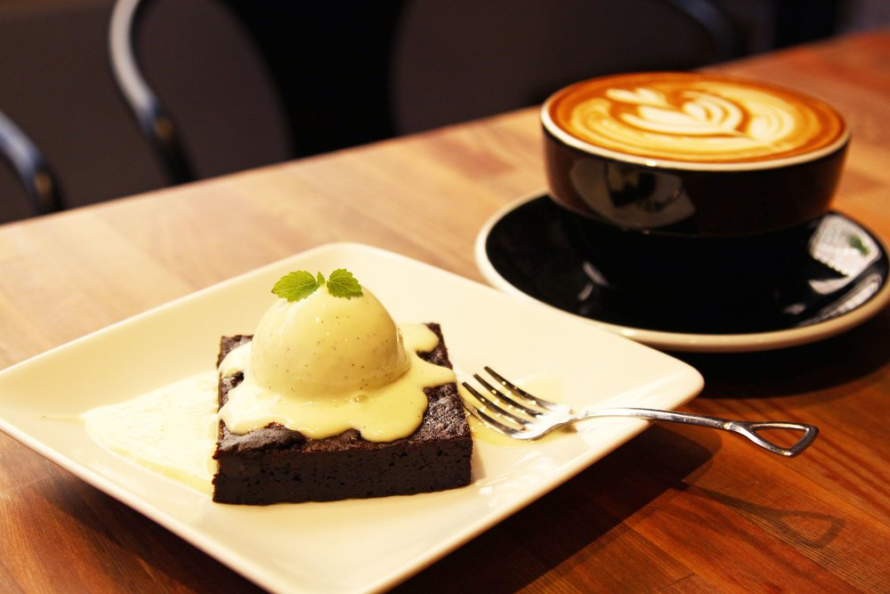 HAUSINC CAFE.jpg