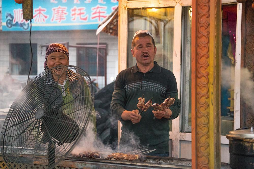 維吾爾族燒烤店老闆