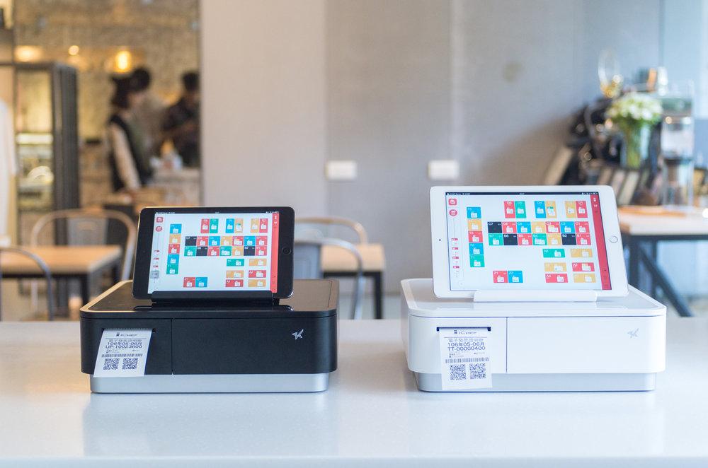 mPOP 出單錢櫃一體機 加上iCHEF iPad POS 就是餐廳櫃檯的錢櫃收銀機。