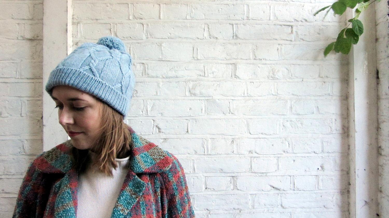 e3447f40f4d Meet Rilo  A Free Cabled Hat Pattern
