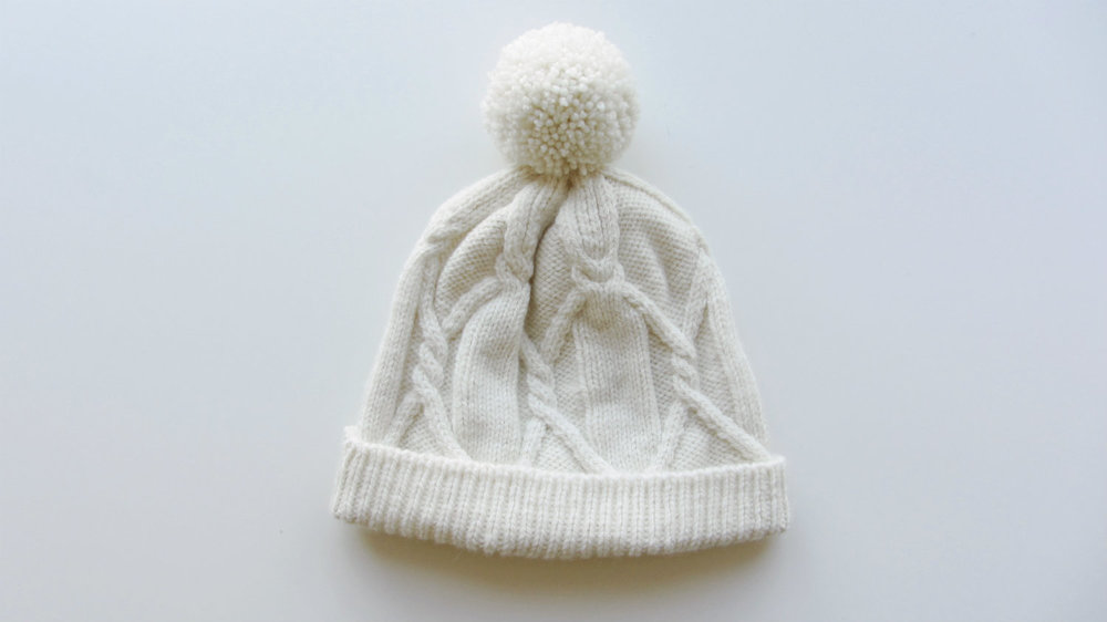 Cream Cabled Free Hat Pattern