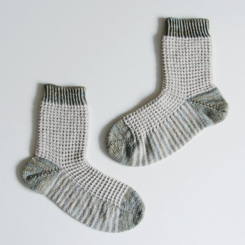 Free Knitting Pattern Gaufre Socks Sister Mountain