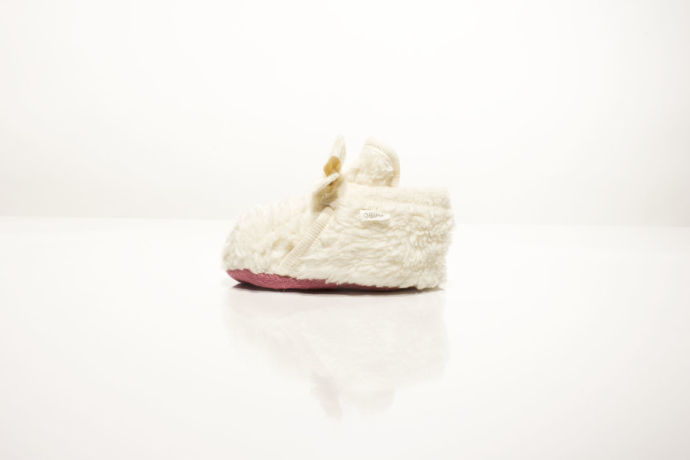 OATies Baby Shoes - These biodegradable baby shoes come with seeds to plant your baby's Tree of Life