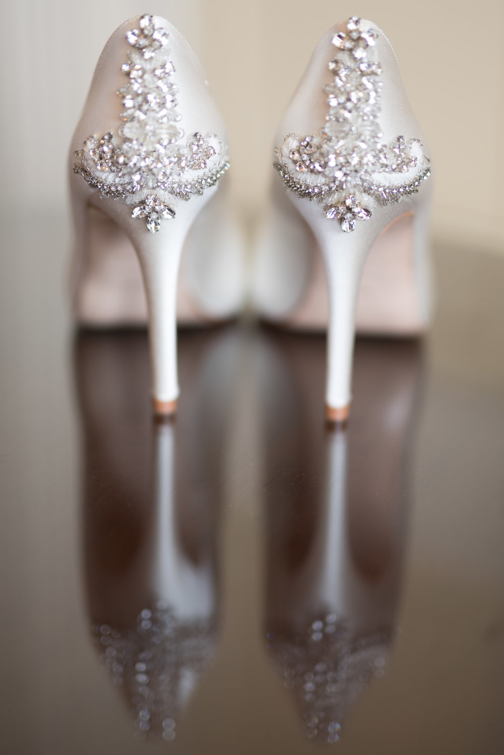 Designer wedding shoes, Buckinghamshire wedding photographer