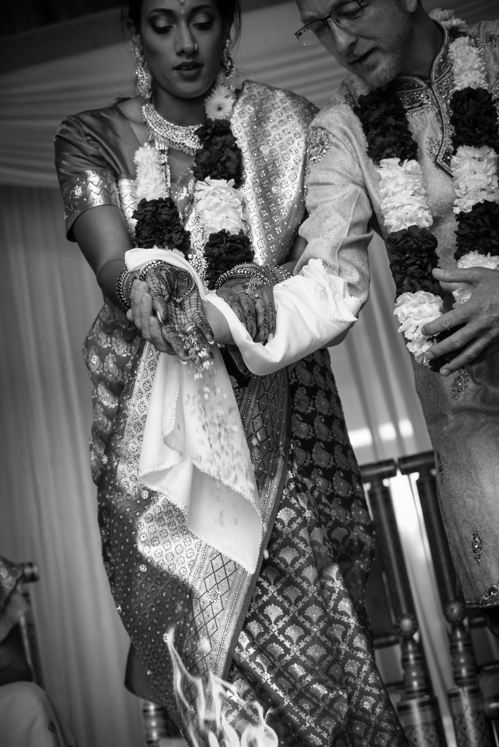 Laja-Huti at traditional Hindu wedding