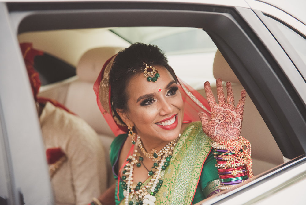 Hindu bride leaves the Oshwal Centre