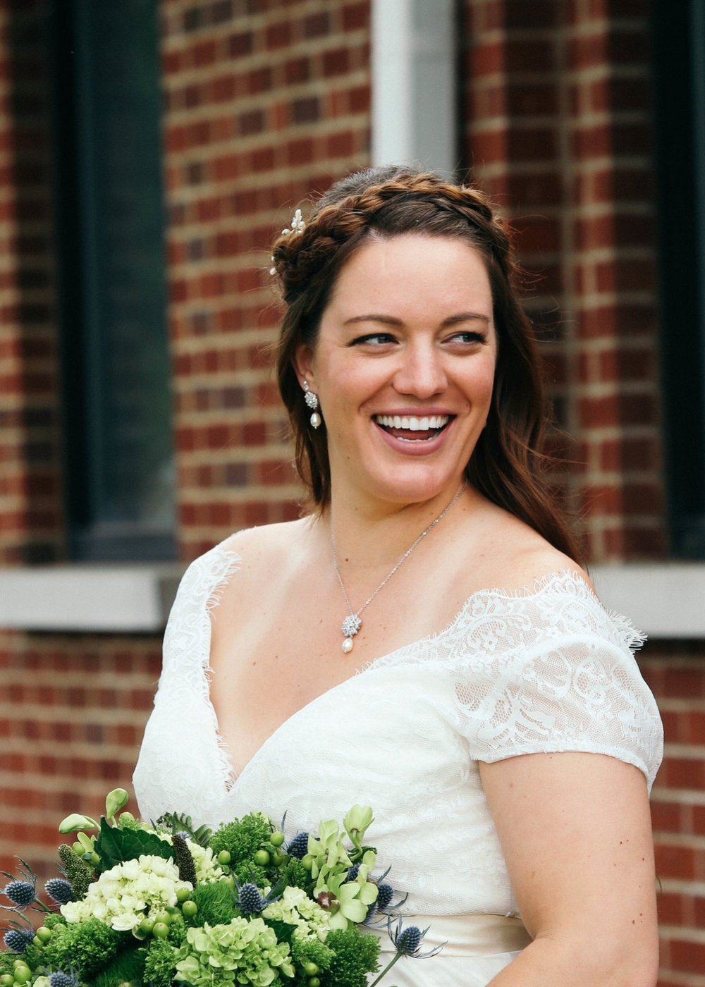 Bridal portrait by Gretchen Bell, Louisville, KY