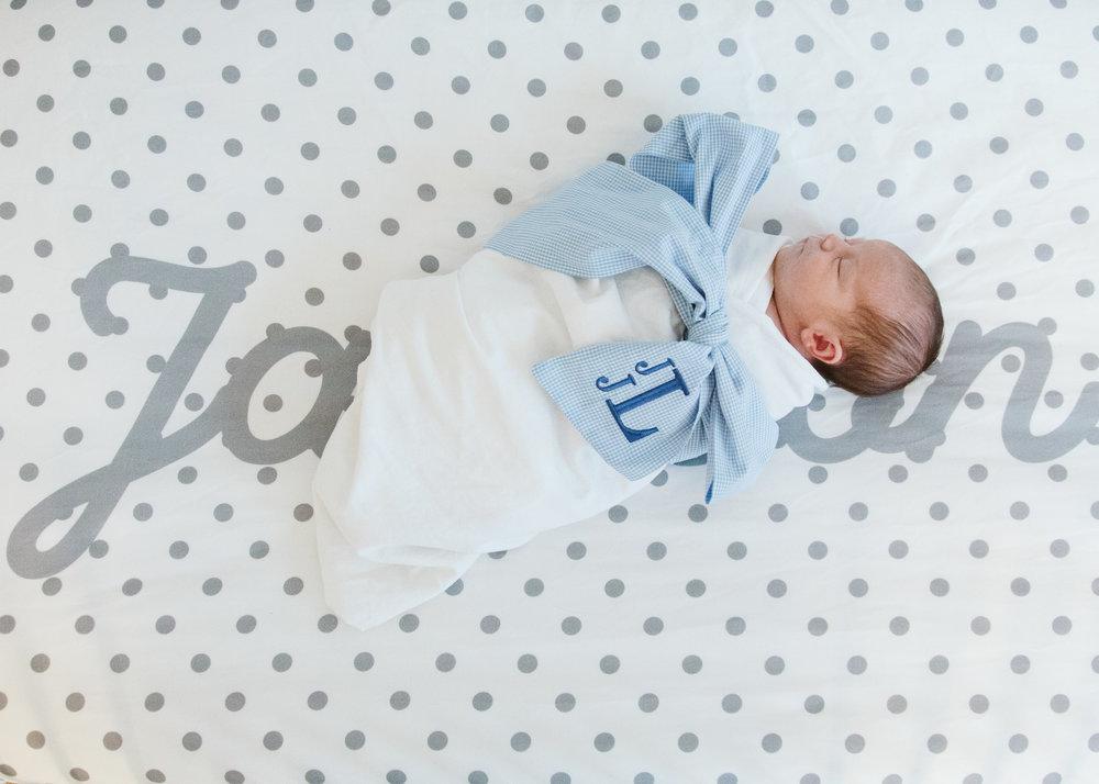 louisville newborn photographer