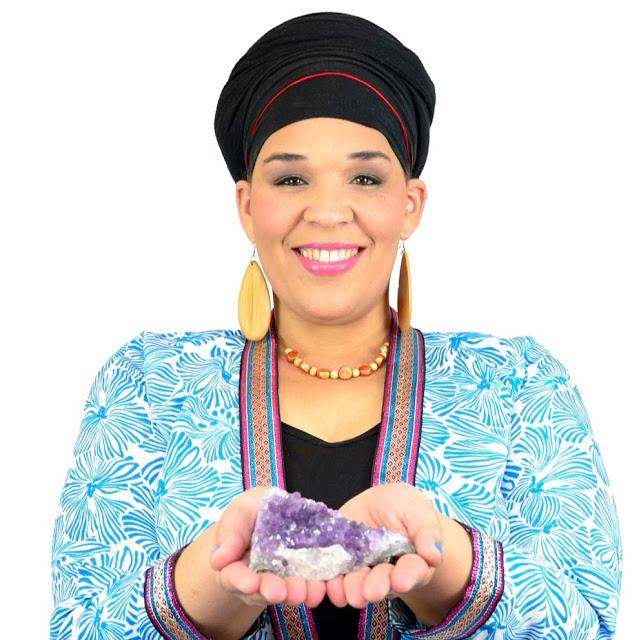 Muneera Fontaine | Presenter