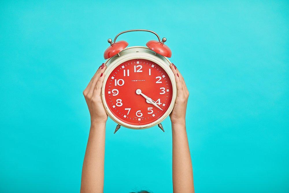 Unsplash_alarm clock_malvestida-magazine.jpg
