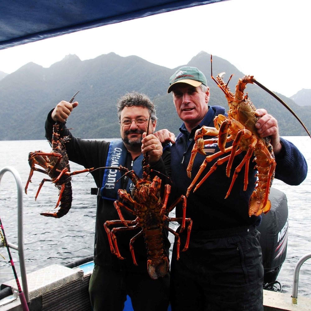 Crayfish in Dusky Sound - Sir Richard Hayes and J-M.jpg