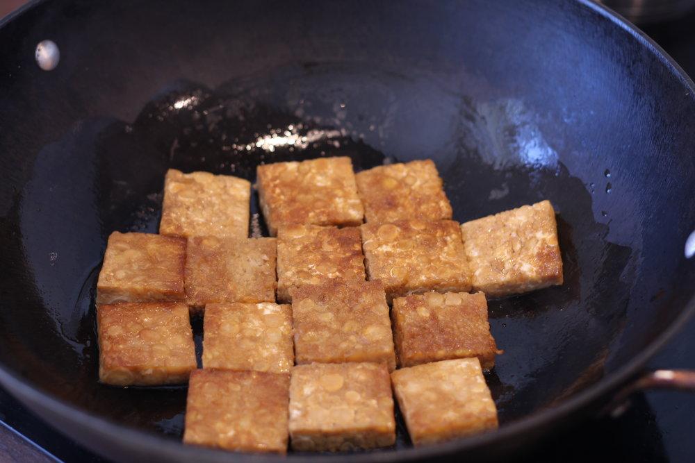 Stek i smakneutral olja på låg värme.